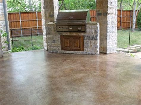 Concrete Stain For Patio by Acid Stained Concrete Patio Model Home Interior Design