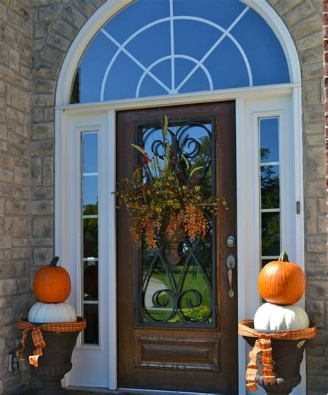 Front Door Decorations For Fall 67 And Inviting Fall Front Door D 233 Cor Ideas Digsdigs