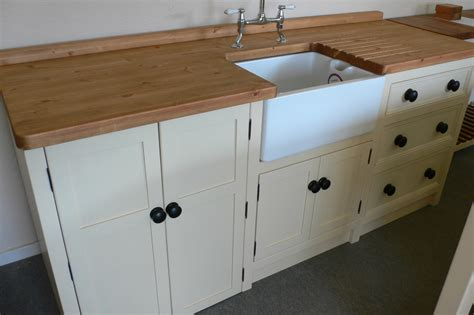 kitchens with belfast sinks belfast sink appliance unit the olive branch kitchens ltd