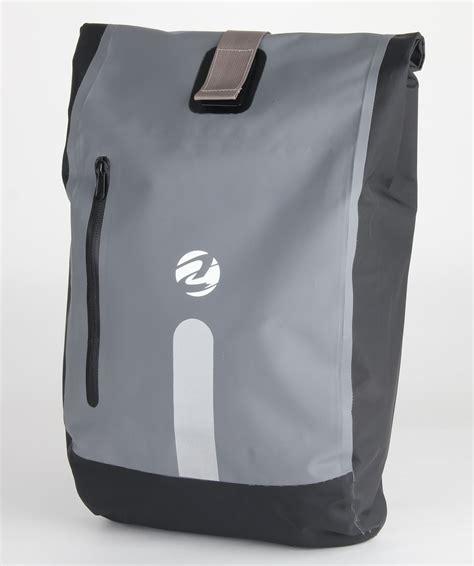 bike waterproofs waterproof bike panniers bike messenger bag waterproof