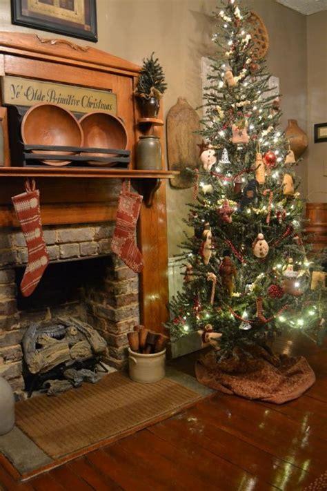 best 25 primitive christmas tree ideas on pinterest