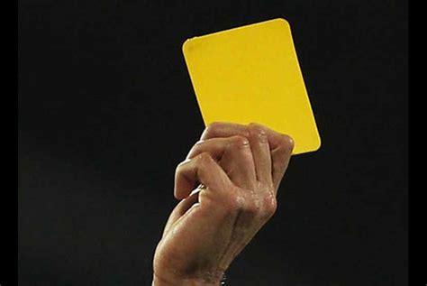 membuat kartu kuning bisa dimana saja ini daftar pemain terancam tak main di perdelapan final