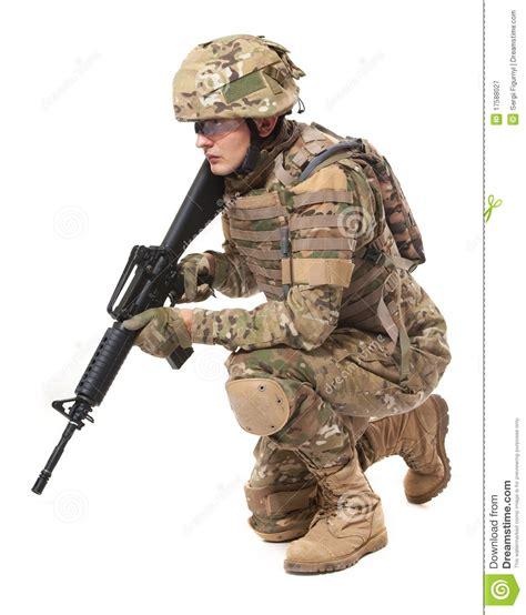 imagenes de militares orando soldado moderno con el rifle imagen de archivo imagen de