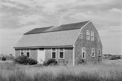 gambrel roof pictures gambrel roof cape houses capelinks cape cod photos