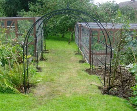 Garden Arbor Tunnel Metal Garden Arch Inspiration And Design Ideas For