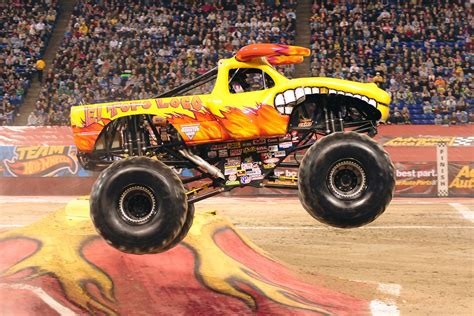 el toro loco monster truck videos interview with becky mcdonough monster jam crew chief and