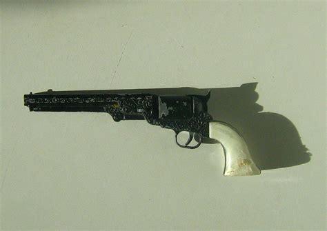 Mba Die Explosive Pistol by Army Toys Guns