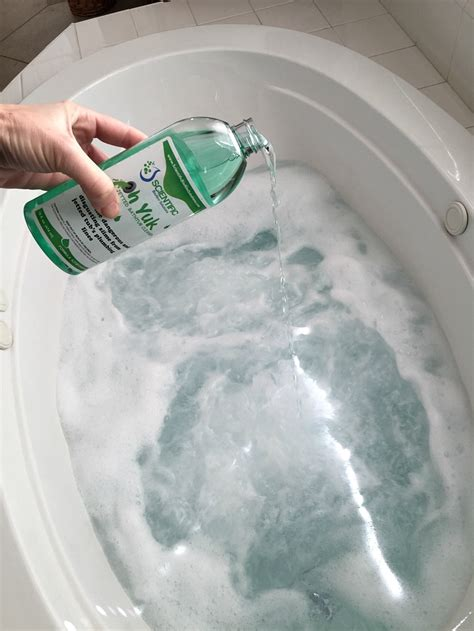 bathtub clean 13 simple bathtub cleaning tips for totally gunky tubs