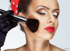 become a licensed makeup artist how do i become a bridal makeup artist with pictures