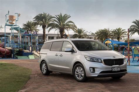 Buy Kia Carnival Kia Carnival Review Auto Expert By Cadogan Save