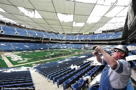 Pontiac Silverdome Sold by Pontiac Silverdome In Detroit Goes On Sale For A Price Of