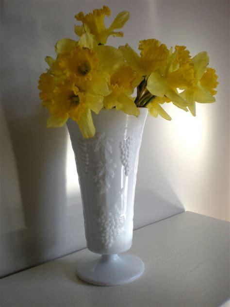 Large Glass Vase Centerpieces by Vintage Large Milk Glass Vase Grape Leaf Centerpiece
