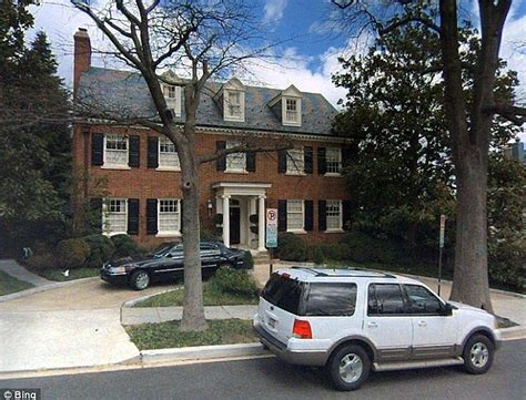hillary clinton house whitehaven hillary clinton s 7 million mansion on