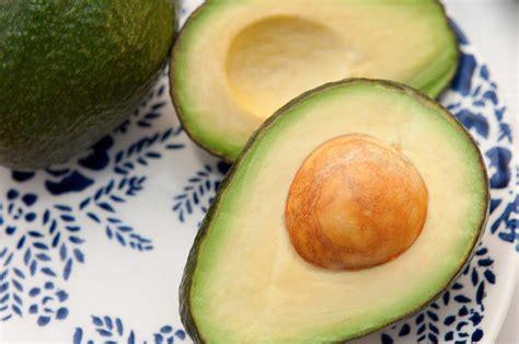 come si cucina l avocado l avocado come si mangia