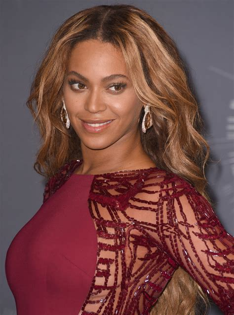 Beyonce Pin Up Hairstyles by Beyonce S Best Hair Moments Instyle