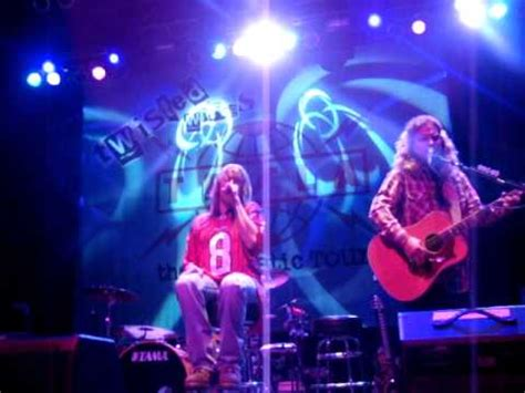Tesla I Wanna Live Tesla What You Give Live Acoustic 11 13 2011 Houston