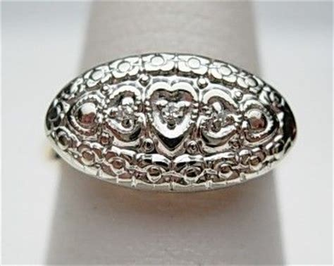 10kt princess ring hearts