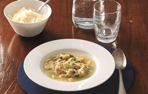 minestra di sedano rapa ricetta minestra di broccoli e sedano rapa con straccetti