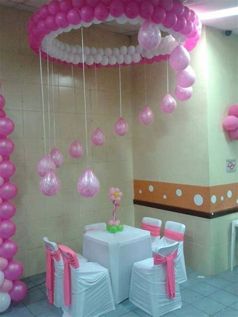 balloon decoration for birthday at home 25 best ideas about balloon chandelier on pinterest