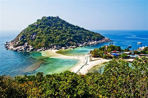 dive in koh tao scuba diving in koh tao thailand travel deeper with