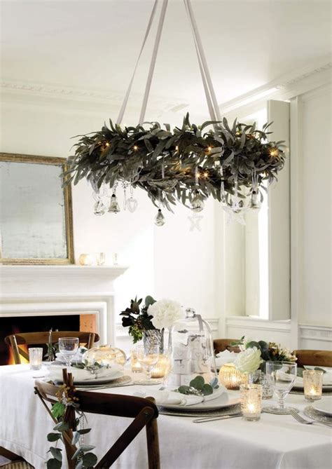 wreaths decorated with ornaments mouthtoears 39 chandeliers and chandelier decor ideas digsdigs