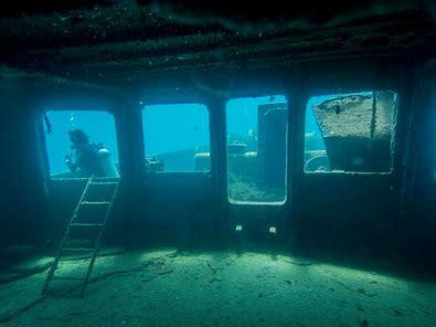 excursion catamaran tours point half day in bavaro bayahibe dive excursion happy dive center dominican republic