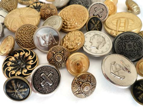 metal batton 40 vintage metal buttons silver and gold button destash
