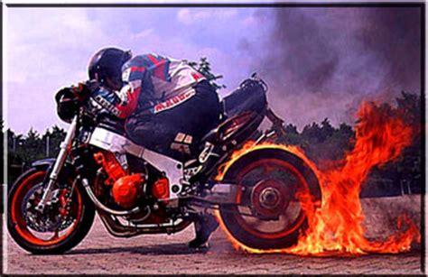 Motorrad Fahren Gefahr by Motorradfahren So Gef 228 Hrlich Motorrad Unfall Gefahr