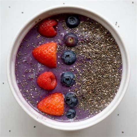 Berry Chia Detox Smoothie by Time 60 Day Challenge Transform To Your Best
