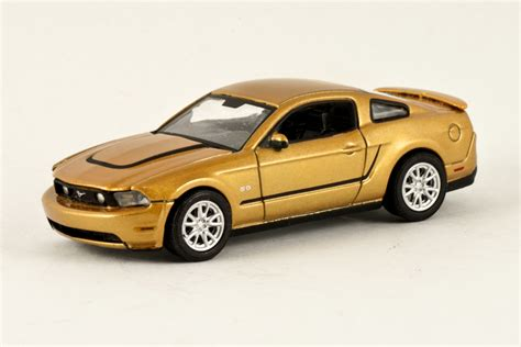 Greenlight Country Roads 2011 Ford Mustang Gt greenlight paulsponys