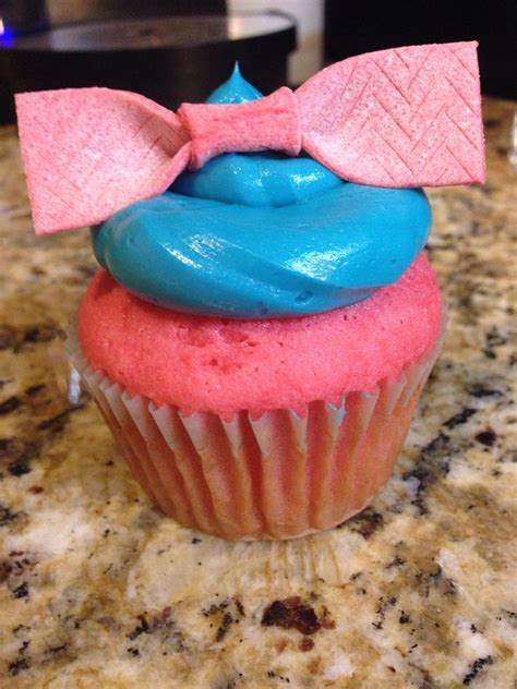 cupcakes inspired by cupcakes inspired by hairspray the musical
