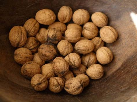almonds before bed 5 foods to help you sleep better natural health mother