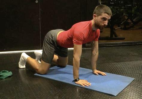 esercizi fisici in casa 5 esercizi fisici da eseguire a casa per alleviare i