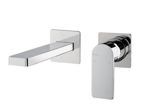 rubinetto a muro per lavabo pois miscelatore per lavabo a muro by rubinetterie ritmonio