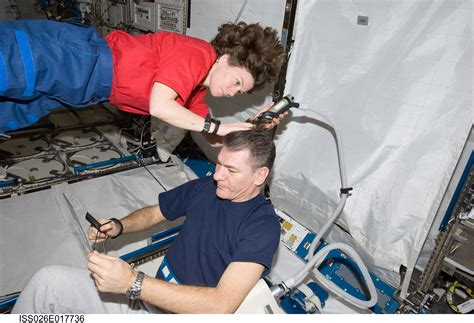where do get their haircut when in las vegas nv this video will show you how astronauts get a haircut in space