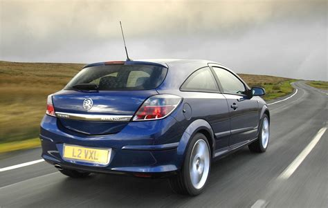 opel astra 2005 sport vauxhall astra sport hatch 2005 2010 driving