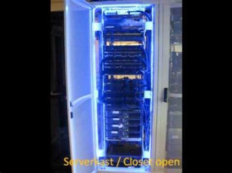 and light server led in server kast closet
