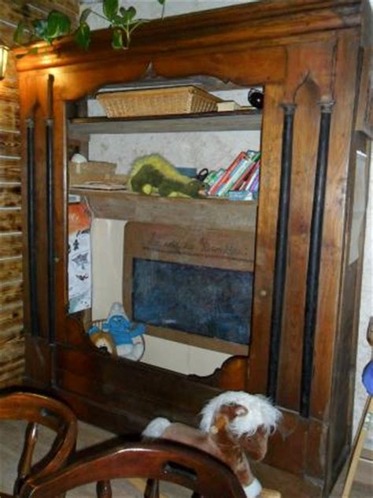 lit enfant ancien coin enfant dans un ancien lit clos breton picture of