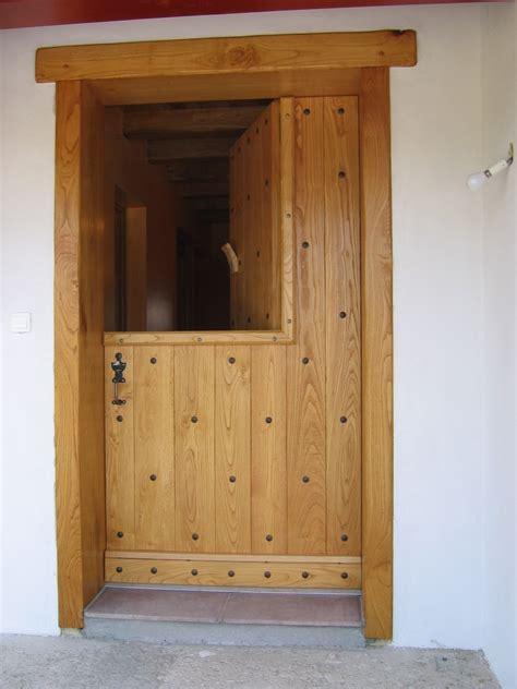 porte d entrée en bois 3800 menuiserie