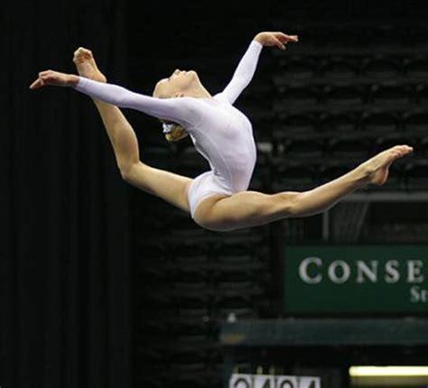 imagenes gimnasia artistica femenina la tr 237 ada de la mujer deportista