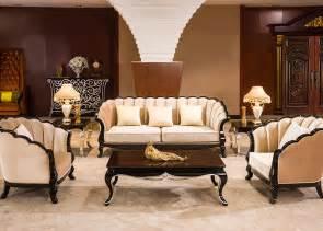 classiccal wood beige fabric hotel lobby sofa brown