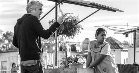 alfonso cuaron and roma roma alfonso cuaron film set as new york film festival