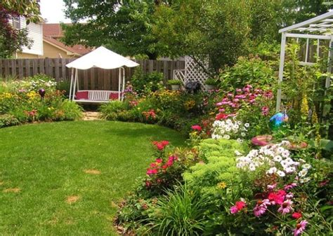 Garden Ideas For Small Backyards 18 Landscaping Ideas For Small Backyards Style Motivation