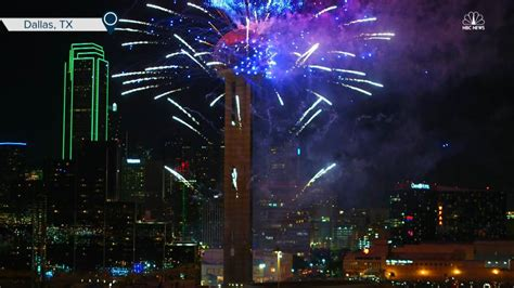 dallas new year dallas rings in new year with reunion tower fireworks