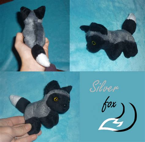 mini magnet plush silver fox by goiku on deviantart