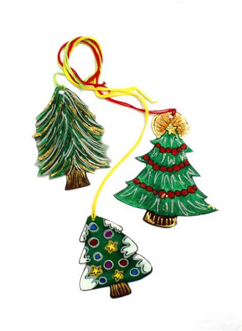 shrinky dink tree easy diy ornaments