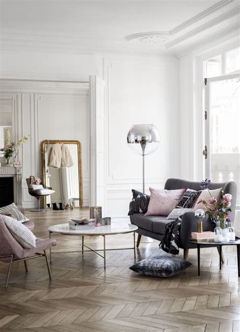 decorating parisian style chic modern apartment by sandra parisian chic home decor 30s magazine