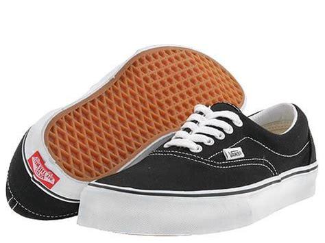 Sepatu Casual Vans Era Black White Sneakers Original vans shoes limited editions and classic sneakers