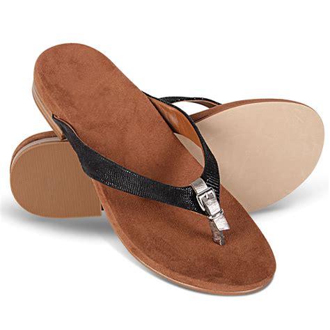 sandals plantar fasciitis the s plantar fasciitis buckled sandals hammacher