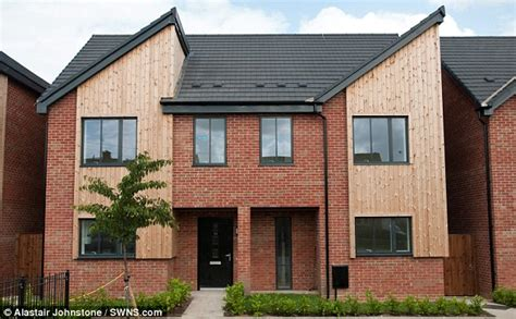 can i get a 3 bedroom council house mother of 11 heather frost defends her 163 60k benefits daily mail online